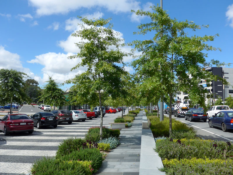 Lonsdale Street transformed into green boulevard